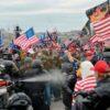 واشنگٹن ڈی سی میں صدر ٹرمپ کے حامی مظاہرین نے کیپٹل ہل پر دھاوا بول دیا